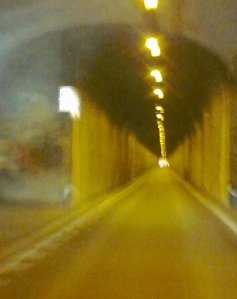 photo-phone_tunnel