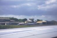 aéroport de Dzaoudzi Pamandzi sur Petite Terre, piste unique