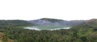 sur Petite Terre, le lac Dziani, lac sulfureux